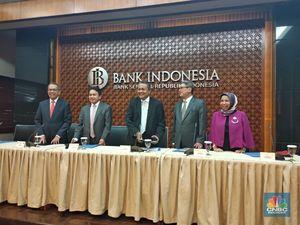 BI Naikkan Bunga 100 Bps, Kredit & Deposito Naik Berapa?