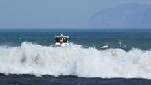 Ombak Laut Selatan Capai 6 Meter, Nelayan Diimbau Tak Melaut