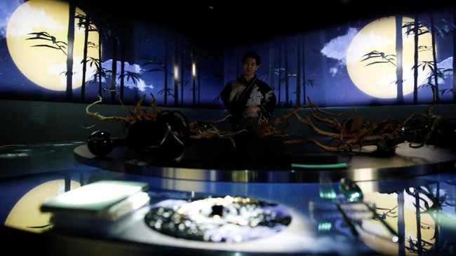 Restoran tersebut mencoba untuk menghadirkan kreativitas dalam hidup dengan memadukan kuliner, seni, dan teknologi virtual reality (VR).(REUTERS/Kim Kyung-Hoon)