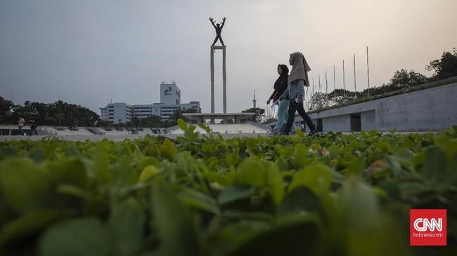 Ada tiga zona yang bisa dipergunakan masyarakat untuk bersosialisasi, berkumpul, maupun berolahraga. (CNN Indonesia/Adhi Wicaksono)