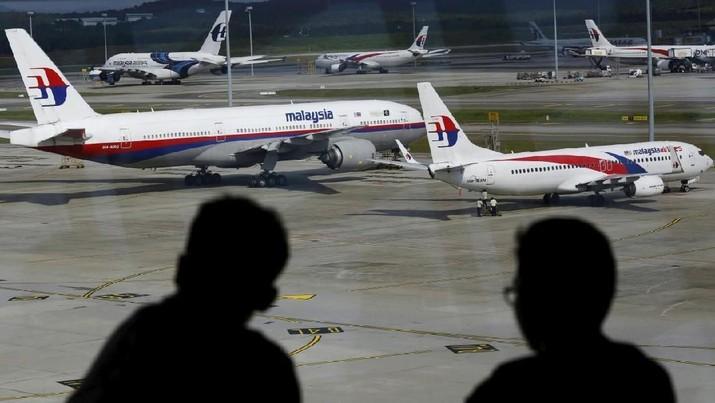 Kelangsungan hidup maskapai Malaysia Airlines (MAS) telah menjadi sorotan beberapa waktu terakhir.