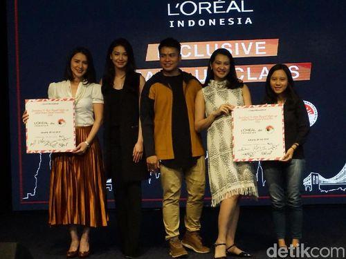 Yuk Pelajari 10 Bahasa Isyarat Makeup yang Diperagakan Velove Vexia Ini 1