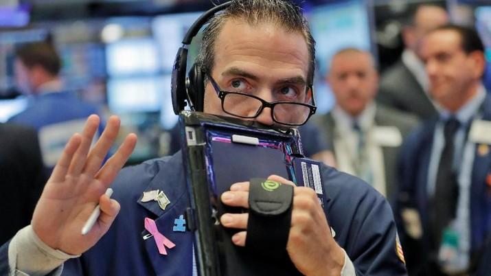 Trader Jaga Jarak, Wall Street Dibuka Tipis Ke Zona Merah