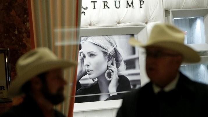 Kerja di Gedung Putih, Ivanka Trump Tutup Toko Fesyennya