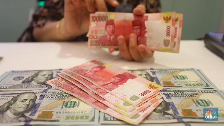 Bank akan kurang agresif salurkan kredit karena ketatnya perebutan DPK baik dengan sesama perbankan maupun dengan obligasi.