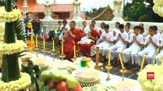 VIDEO: Remaja Thailand yang Terperangkap di Gua Jadi Biksu