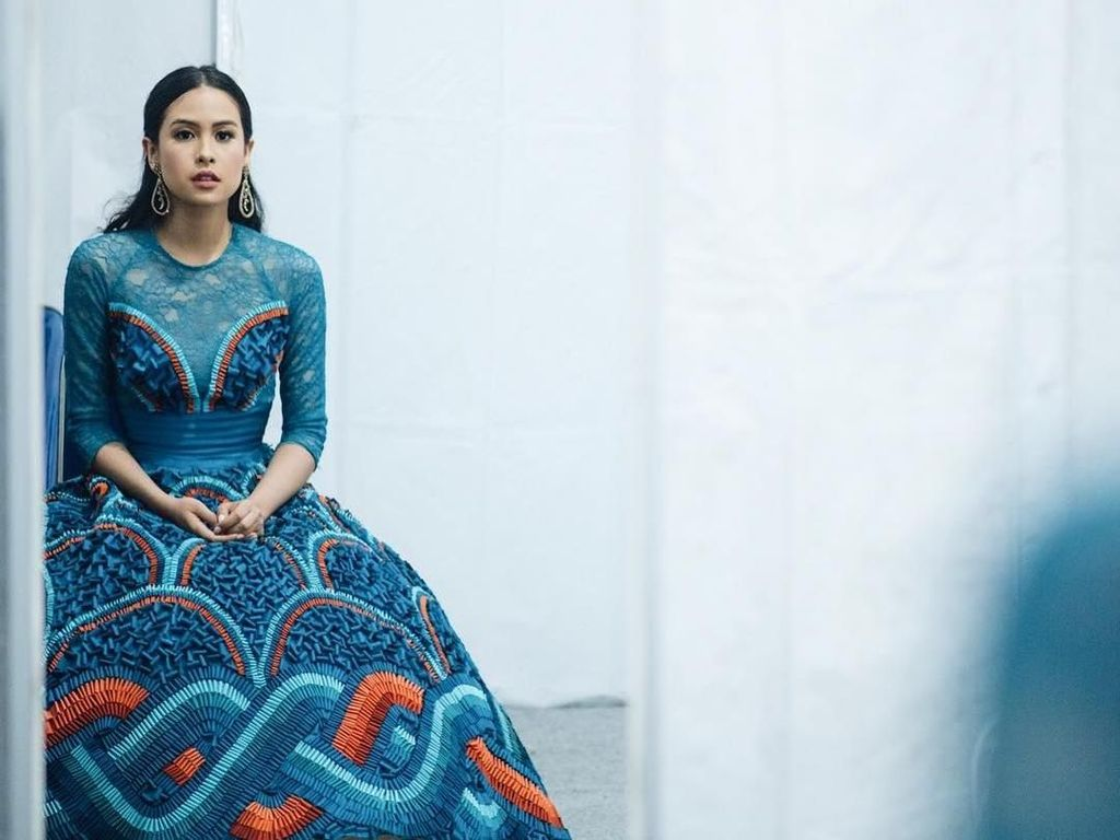 Adu Gaya Maudy Ayunda dan Agnez Mo Saat Eksis di Majalah Vogue