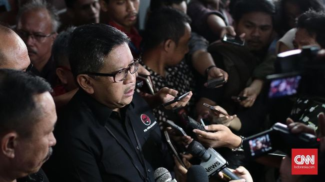 Hasto Klaim Bakal Ada Satu Parpol Lagi Dukung Jokowi