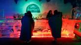 Angiyok merupakan bar es yang menyediakan berbagai sajian makanan dan minuman dingin yang menyegarkan.(REUTERS/Fabrizio Bensch)