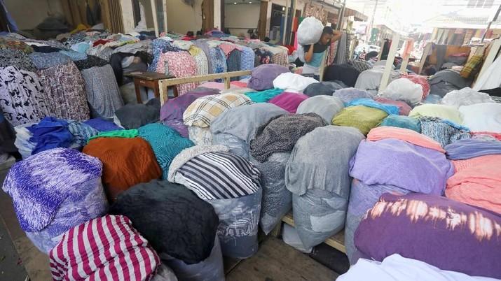 Pemerintah mengumumkan industri tekstil dan produk tekstil (TPT) di Indonesia sepanjang tahun lalu tumbuh hingga 15%. Hoax membangun?
