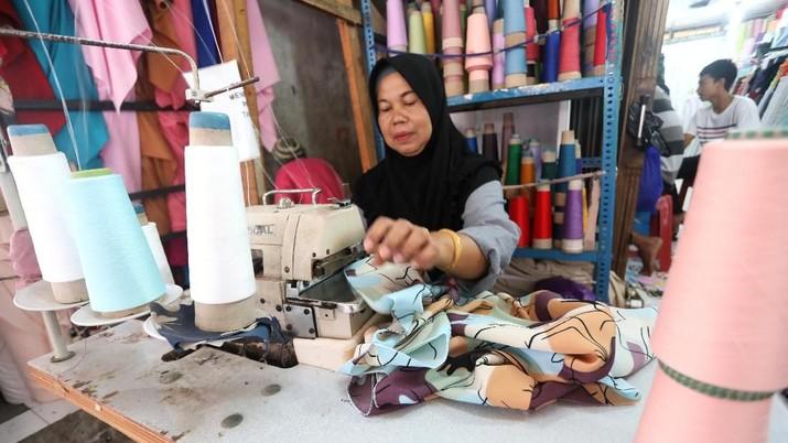 KPPI Kemendag mulai melakukan investigas safeguard tekstil.