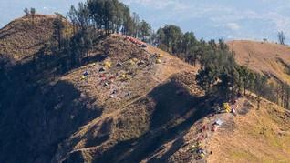88 Hektare Padang Savana di Rinjani Terbakar