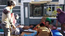 Warga Sembalun Mengungsi, Rumah Porak Poranda Diguncang Gempa