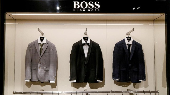 FILE PHOTO: Jackets are on display in the Hugo Boss section in the Central Universal Department Store (TsUM) in Kiev, Ukraine, May 17, 2017.  REUTERS/Valentyn Ogirenko/File Photo                    GLOBAL BUSINESS WEEK AHEAD