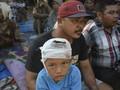 FOTO : Mereka yang Bertahan dari Guncangan Gempa Lombok