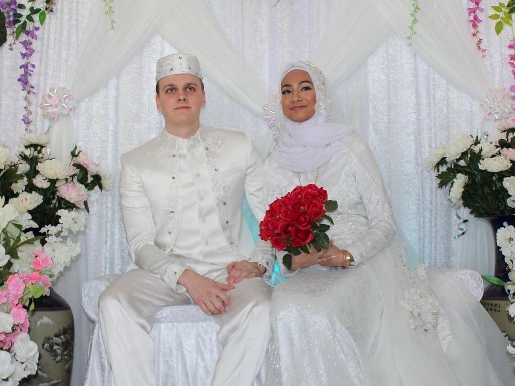 Potret Mesra Pernikahan Bule Norwegia dan Gadis Aceh yang Bikin Baper