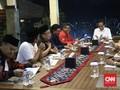 Gelak Tawa Warnai Santap Malam Jokowi dan Sekjen Partai