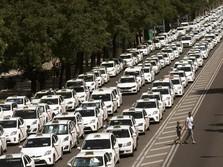 Ribuan Taksi Mogok di Spanyol, Tolak Uber Cs