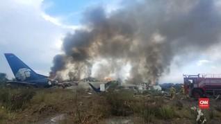 VIDEO: Pesawat Jatuh di Meksiko, Diduga Karena Angin Kencang