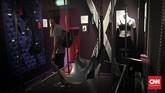 Museum ini mencoba menggambarkan dan memberikan edukasi kepada pengunjung tentang pekerjaan prostitusi, profesi tertua dalam sejarah peradaban manusia, termasuksalah satu gaya seks yang populer diminta pelanggan, BDSM. (CNN Indonesia/Endro Priherdityo)