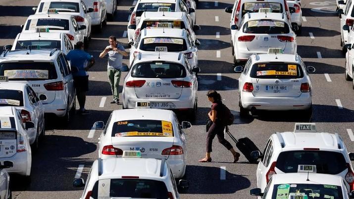 Setelah 6 Hari, Pengemudi Taksi Hentikan Demo Protes Uber