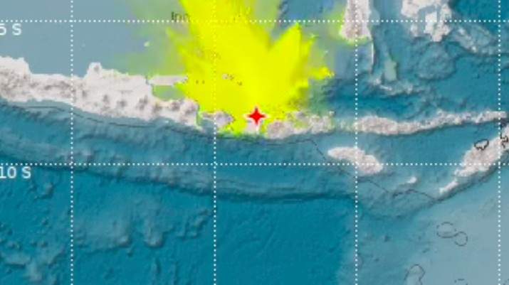 Gempa kembali mengguncang Lombok.