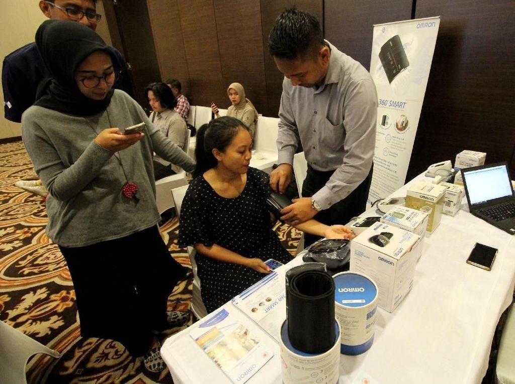 Omron Healthcare Indonesia dan Indonesian Society of Hypertension bermitra untuk terus meningkatkan kesadaran terhadap penyakit hipertensi di Indonesia. Foto: dok. Inash
