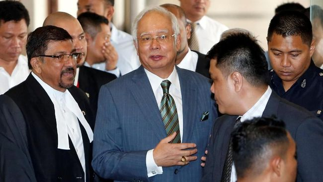 Sebelum Sidang, Najib Dimintai Keterangan Polisi