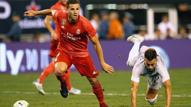 Bek Real MadridNacho Fernandez memenangi duel atas penyerang AS Roma Stephan El Shaarawy. Dalam laga tersebut Nacho bermain selama 82 menit sedangkan El Shaarawy hanya tampil di babak pertama dan digantikan Patrik Schick di babak kedua. (Noah K. Murray-USA TODAY Sports)
