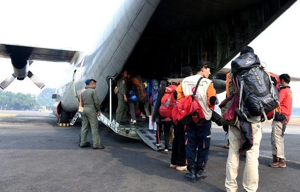Angkut Logistik dan Relawan, TNI AU Kerahkan 5 Pesawat