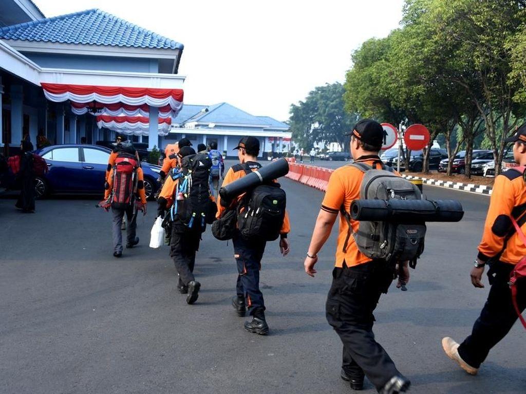 Tentara Nasional Indonesia telah mendirikan Posko Bantuan Bencana Alam di Gedung Suma 3, VIP Room Lanud Halim Perdana Kusuma, Jakarta Timur. Dok. Puspen TNI.