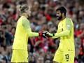 Loris Karius Mendapat Aplaus Saat Kembali ke Anfield