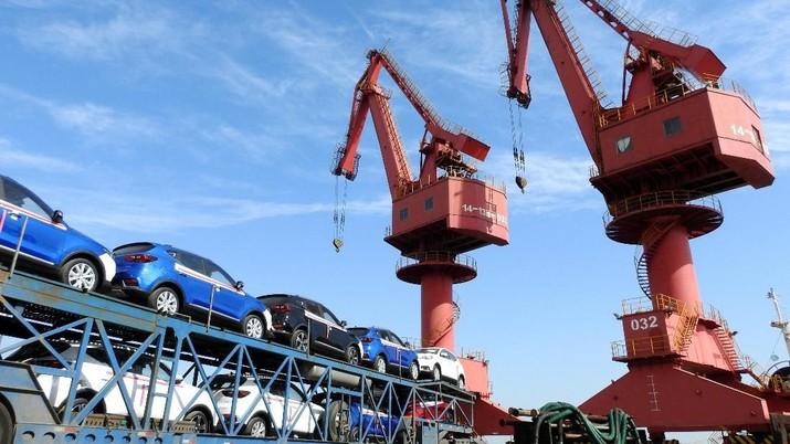 Badan Pusat Statistik (BPS) mencatat nilai ekspor sepanjang Juli 2018 sebesar US$ 16,24 miliar.