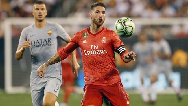 BekSergio Ramos kembali tampil untuk Real Madrid. Ini merupakan penampilan pertama Ramos di Madrid setelah kembali dari liburan usai melakoni Piala Dunia 2018 bersama timnas Spanyol. (Noah K. Murray-USA TODAY Sports)