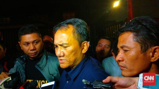 Andi Arief Sebut Prabowo Abaikan Tawaran Cawapres dari SBY