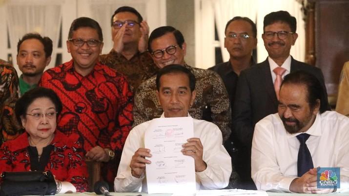 Jokowi baru saja mendeklarasikan KH Ma'ruf Amin sebagai pendampingnya untuk maju dalam bursa pemilihan presiden (Pilpres) 2019 mendatang.
