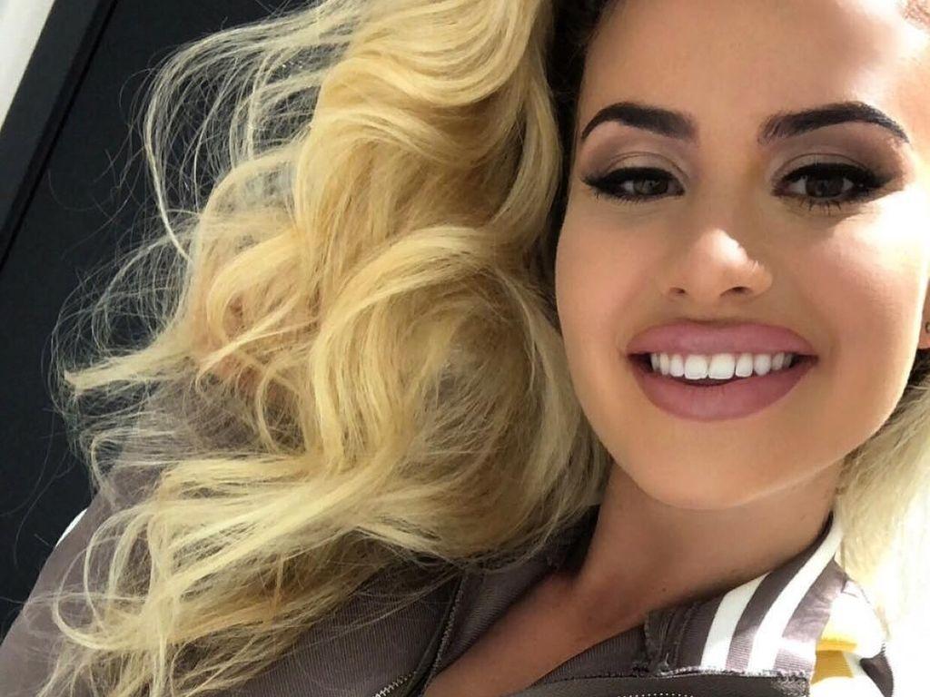 Si Seksi Chloe, Model yang Jadi Viral Karena Lolos dari Penculikan
