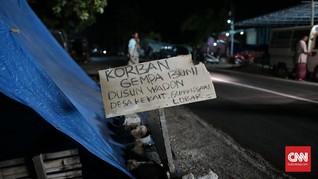 Resah Pola Gempa, Warga Lombok Pilih Tenda Darurat