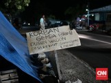 'Gerilya Politik' Jokowi-Sandi di Daerah Bencana