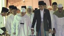 Relawan Sarung Jokowi Dikerahkan untuk Raup Suara Pesantren