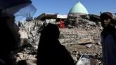 Gempa yang terjadi pada Minggu malam menyebabkan ratusan orang meninggal dunia. BNPB dan BPBD NTB menyatakan korban tewas sebanyak 131 orang, sementara TNI 381 orang. (REUTERS/Beawiharta)