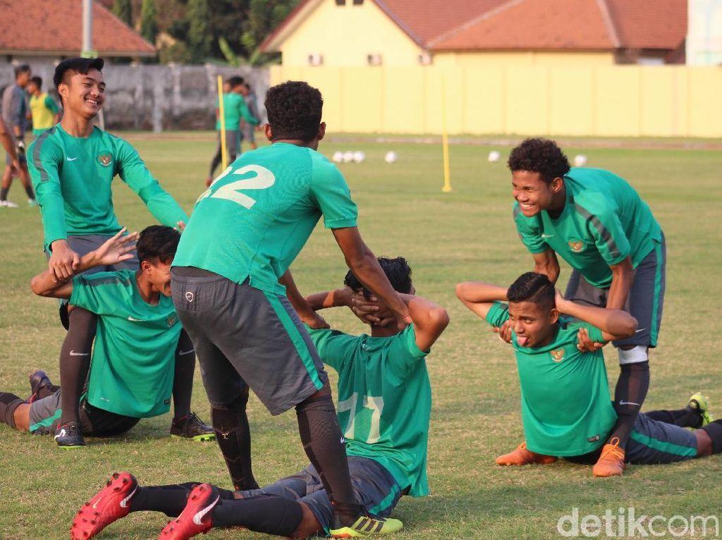 Dalam setahun terakhir kedua tim berhadapan dua kali dan berhasil saling mengalahkan dengan skor sama 1-0.