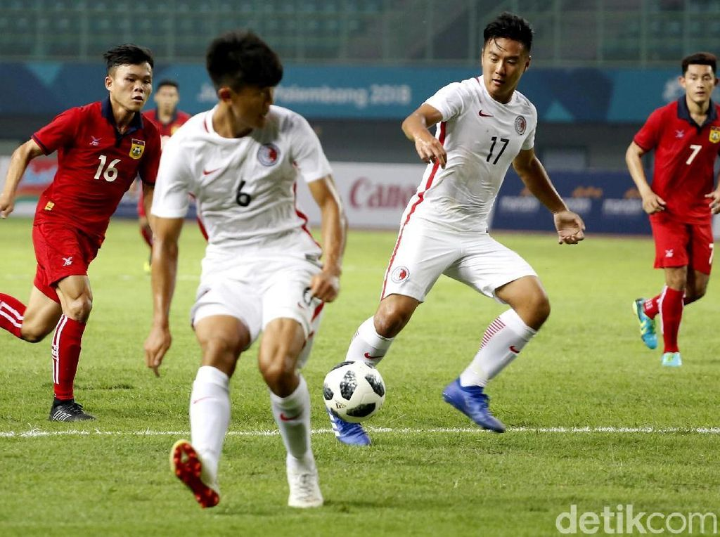 Hong Kong memperbesar keunggulan menjadi 2-0 di menit ke-40 lewat gol Tan Chun Lok di menit ke-40.
