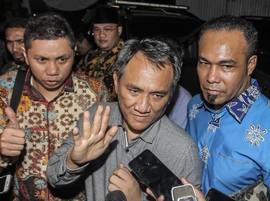 Andi Arief: PDIP Masih Anggap Demokrat Musuh