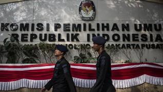 Hujan Interupsi Saat KPU Tetapkan AGK Pemenang Pilgub Malut