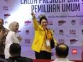 VIDEO: Titiek Soeharto Dampingi Prabowo ke KPU