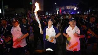 APP Sinar Mas Semarakkan Kirab Obor Asian Games 2018