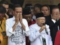 Hasto: Jokowi-Maruf Pakai Baju Rakyat Tak Mahal di Debat