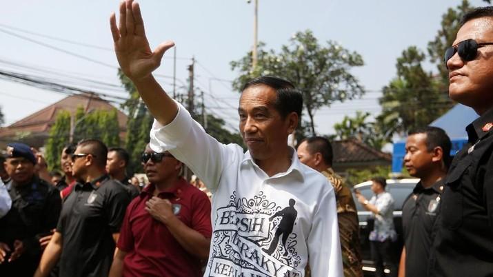 Tahun Politik, Jokowi Dinilai Tak Fokus Urus Ekonomi