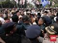 Relawan Gaungkan 'Prabowo Presiden' di KPU